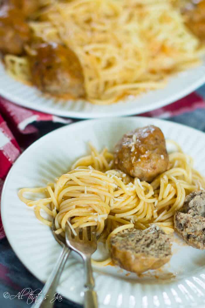 Easy and delicious Bosnian style meatballs