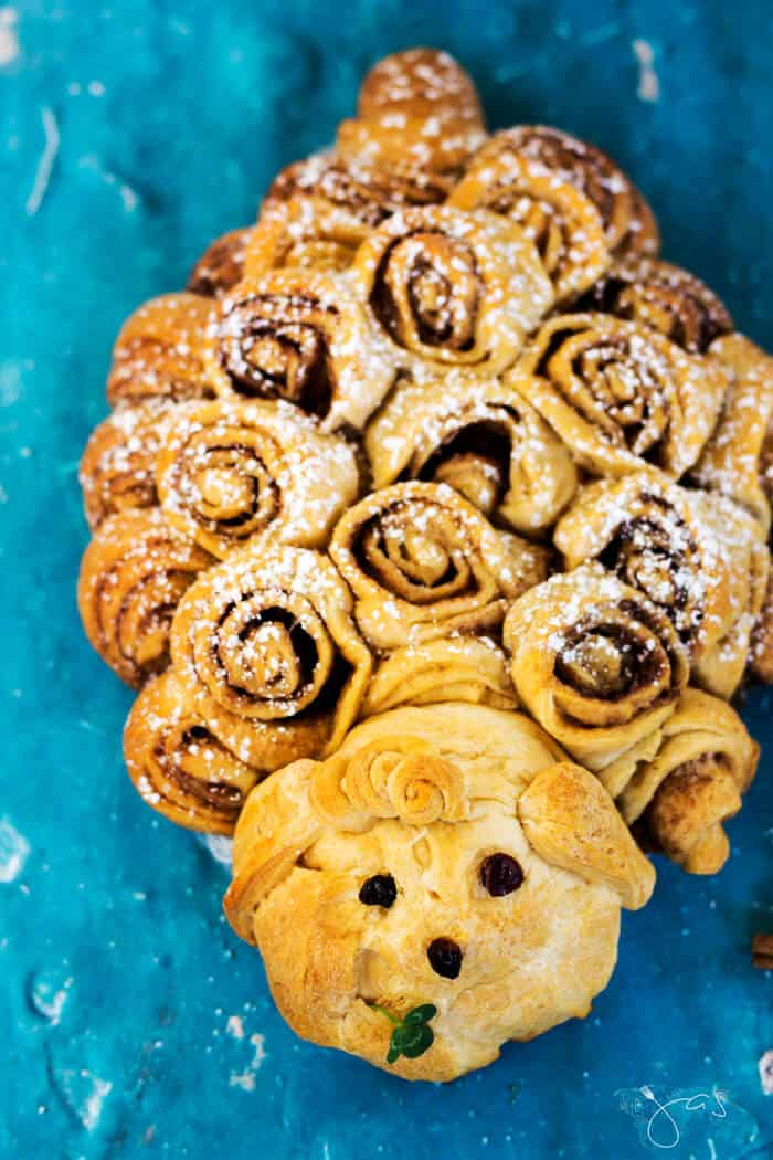 Easy to make and cute, these lamb shaped cinnamon rolls are perfect for Easter