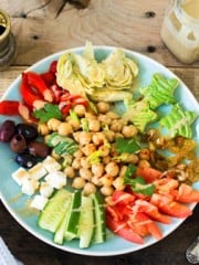 Lebanese chickpea salad with smoky tahini dressing | All that's Jas