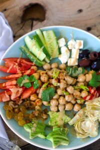 Healthy chickpea salad of Lebanon is filling and refreshing.