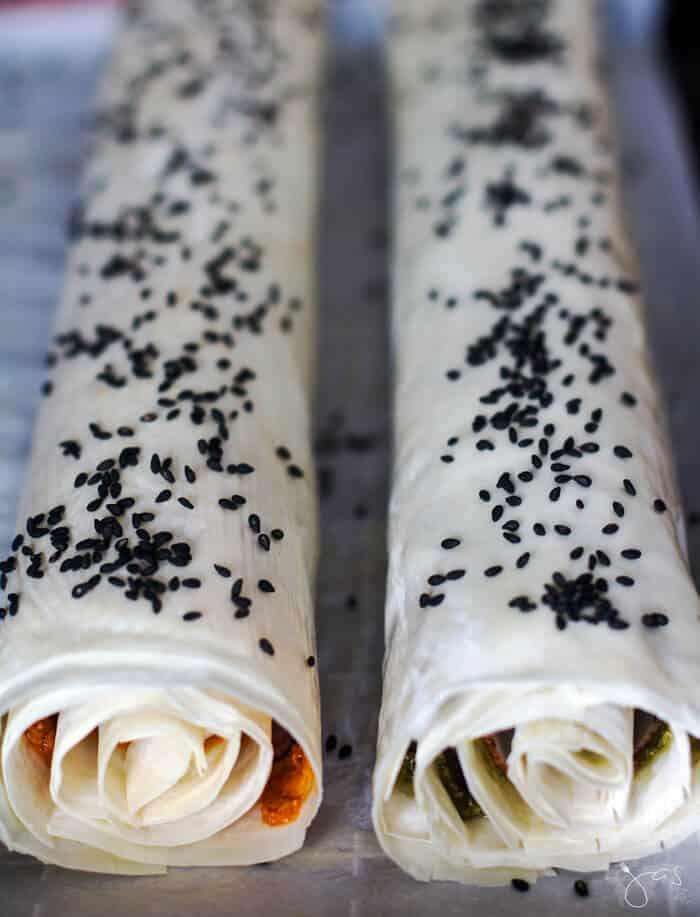 fillo pinwheel rolls ready to bake