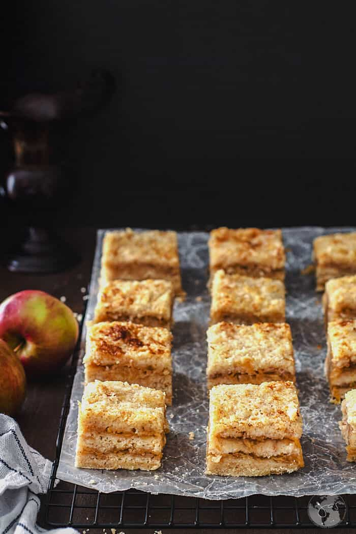 Apple dump cake without eggs cooling on a wire rack