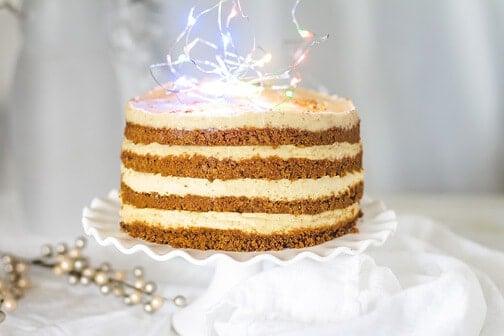 No-Bake Eggnog Gingersnap Cheesecake Cake | All that's Jas