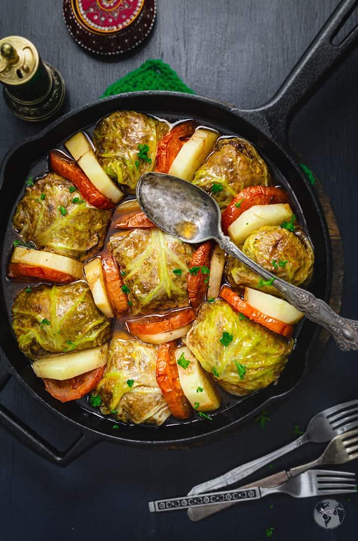 Palestinian Style Stuffed Savoy Cabbage Rolls Malfuf Mahshi